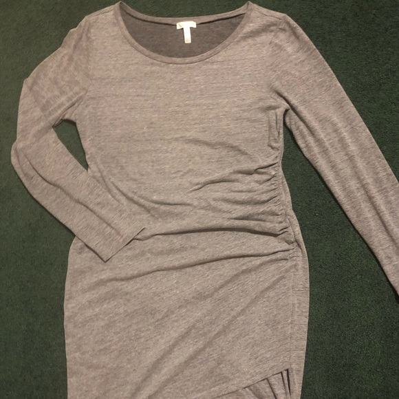 Leith Dresses & Skirts - LEITH Ruched Long Sleeved Dress XL